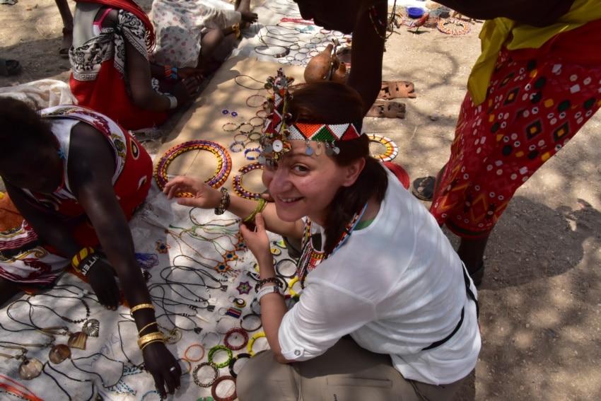Maasai Schmuck auf dem Markt