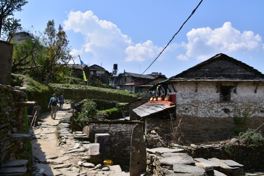 Wanderung ins Dhampus Dorf