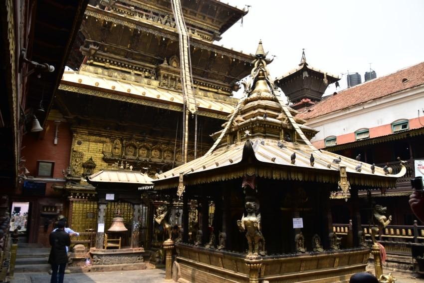 Der Goldene Tempel in Patan