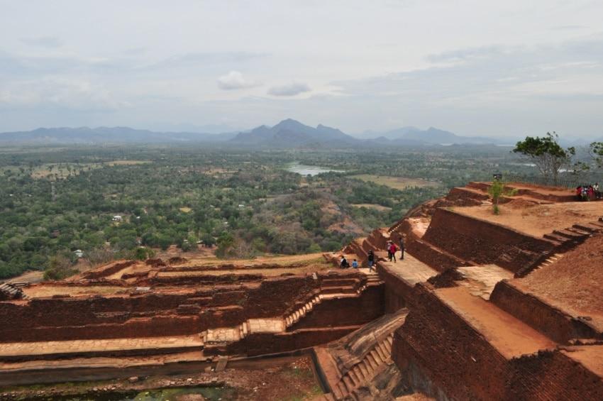 Blick von Sigiriya - dem Löwenfelsen