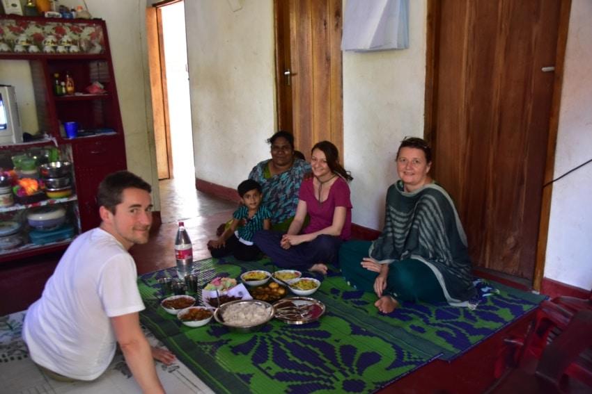 Mittagessen bei einer Familie