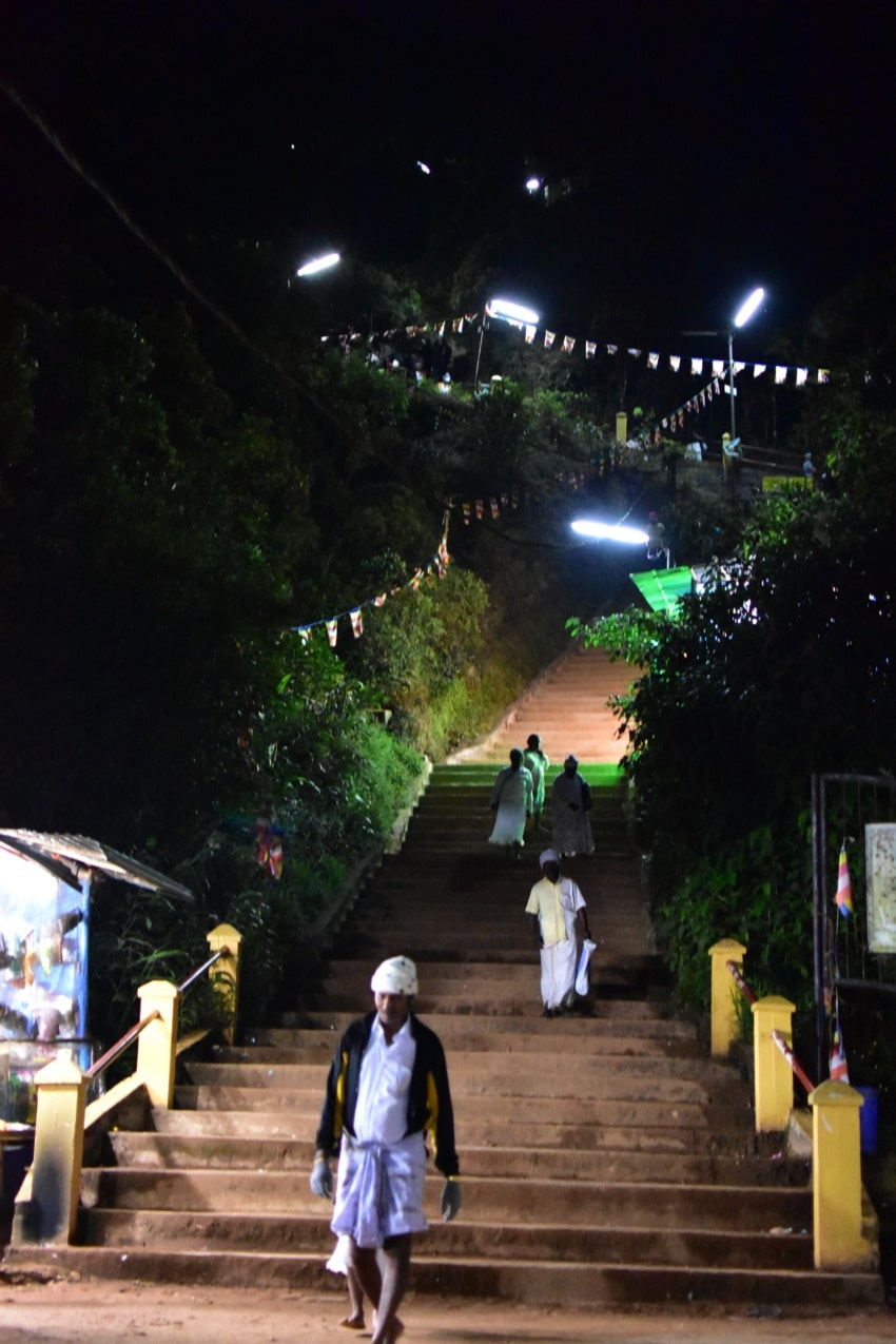 Nachtaufstieg zum Sri Pada