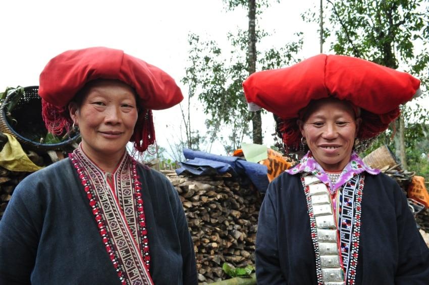 Rote Dao Frauen